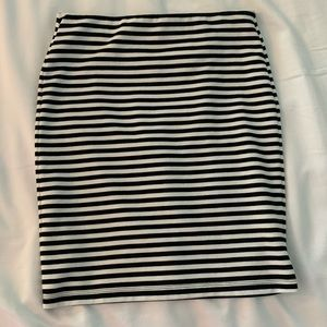 Black & White Stripe Pencil Skirt